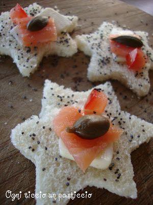 Ogni riccio un pasticcio - Blog di cucina: Canapè al salmone