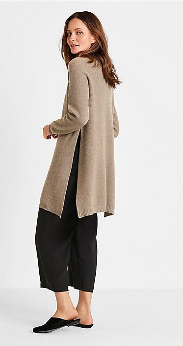 Explore EILEEN FISHER's November Lookbook broken down by month. Update your classic style with selections from our amazing November Lookbook. #ClassicStyle #EileenFisher