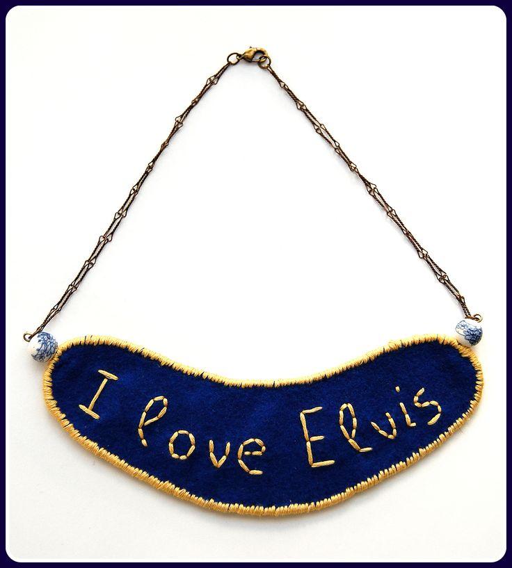 I Love Elvis Boomerang Statement Collar*