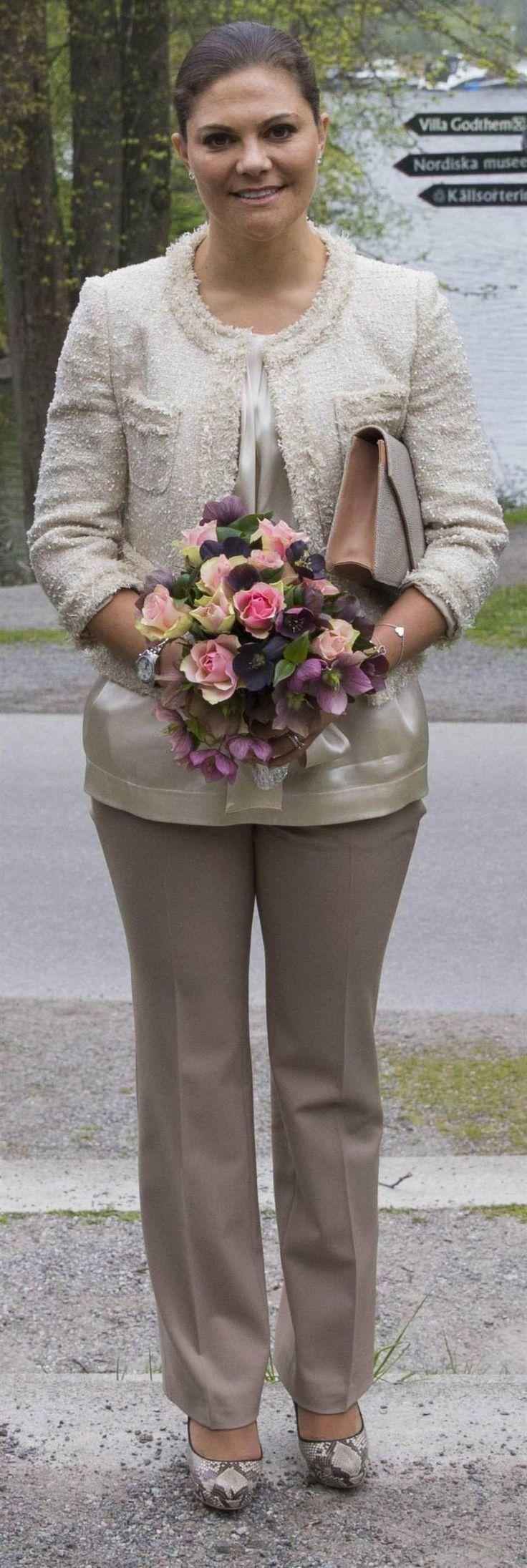 Swedish Crown Braid Tutorial: 483 Best Ideas About Crown Princess Victoria Of Sweden On