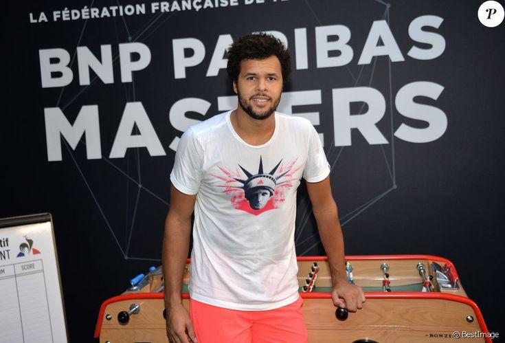 Exclusif - Jo-Wilfried Tsonga s'entraîne lors du Bnp Paribas Masters à l'AccorHotels Arena à Paris le 29 octobre 2016