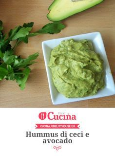 Hummus di ceci e avocado della nostra utente Magdalena. Unisciti alla nostra Community ed invia le tue ricette!