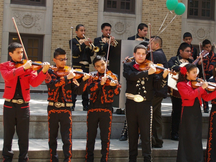 Mariachi performance by Patrick Henry Middle School and Sam ...