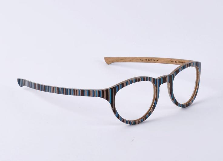 W-eye_mod 304 - Design: Matteo Ragni - Wood: Bali