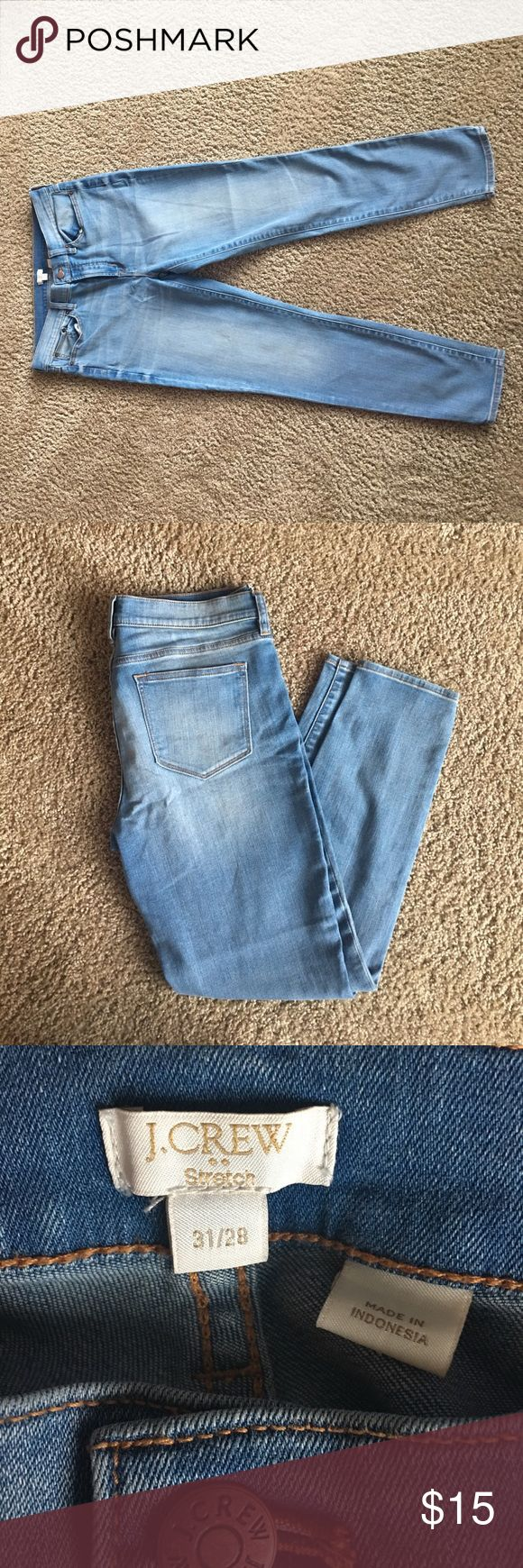 J crew women's jeans 31x28 or 10/12 Women's cropped skinny jeans J. Crew factory. *Like New* size 31x28 or 10/12.  These fit more like a 10 and they have good stretch!. Zero signs of wear, stains, or rips!. Bundle for discount 😊smoke fret free home😊 J. Crew Jeans