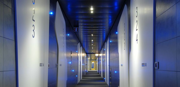 Interior Design Doors for Hotels: fire resistance and sound proofing
