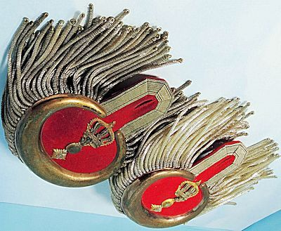 Der Rittmeister Militaria Imperial German Merchandise:Shoulder Boards and Epaulettes for Navy, Royalty, Generals, Admirals, Air Service, Army, and Kavallerie.(23)