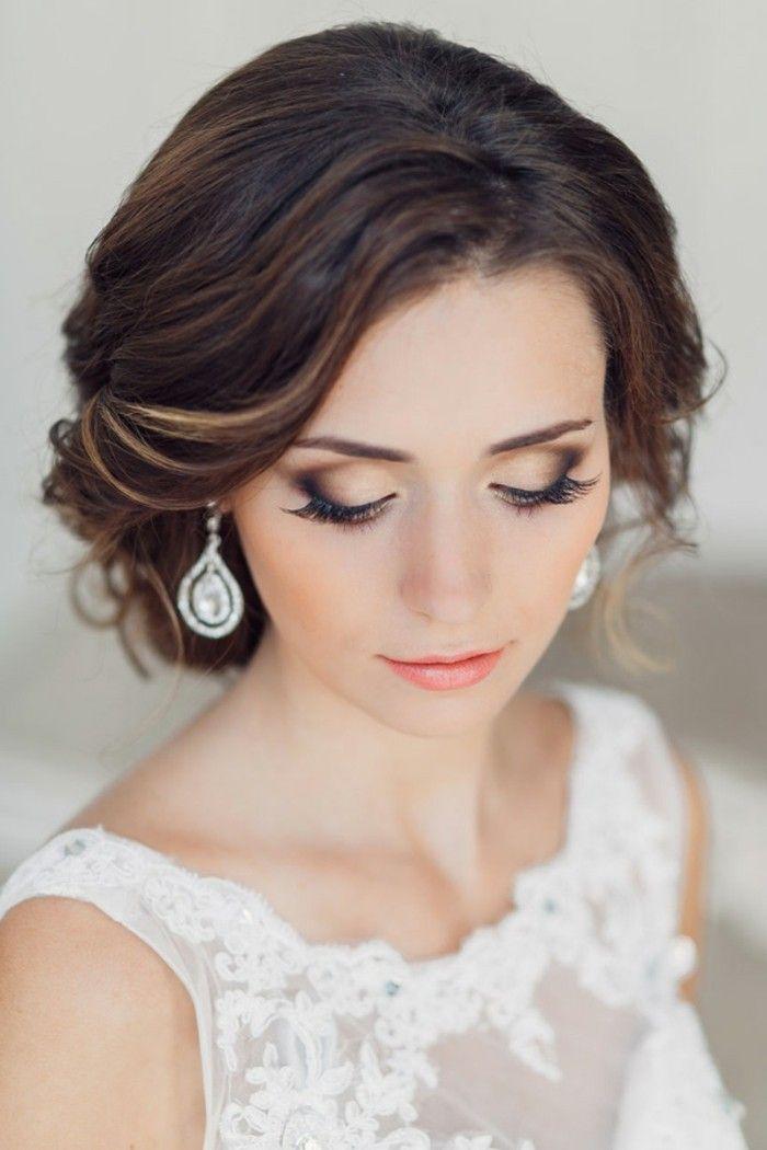 Hochzeits Make Up Schminke Mit Braun Beige Und Orange Braut Ohrringe Diamanten Braut Make Up Schminke Fur Die Hochzeit Make Up Braut