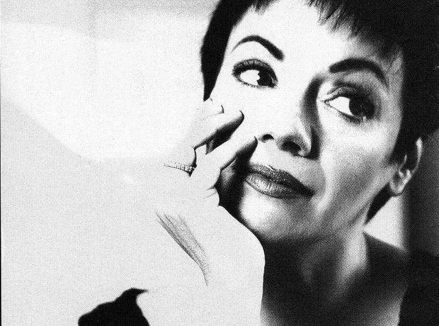 20 αξέχαστες ατάκες της Μαλβίνας Κάραλη - Like this lady | Ladylike.gr