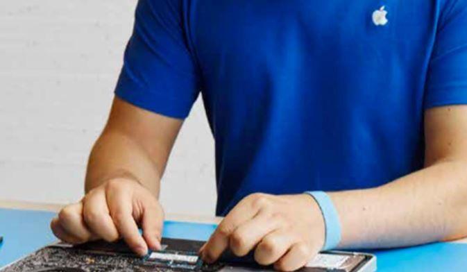 Apple tauscht bei bestimmten iPhone 6s Modellen den Akku aus - https://apfeleimer.de/2016/11/apple-tauscht-bei-bestimmten-iphone-6s-modellen-den-akku-aus - Nachdem sich Apple mittlerweile um betroffene Kunden kümmert, deren Geräte von der Touch Disease-Krankheit betroffen waren, erhalten nun auch Besitzer eines iPhone 6s Hilfe, deren Geräte sich immer wieder einfach so abschalteten. Apple gibt an, dass nur eine ganz kleine Anzahl iPhone, die zw...