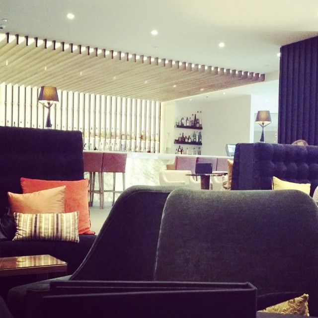 "From @leigh_a_page - ""Hanging out in the lounge of the refurbished Intercontinental Wellington New Zealand - awesome atmosphere! #intercontinentalwellington #moodlighting"""