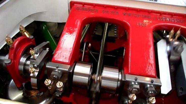 """Die Dampf Maschine der """"Uri"""".  Maschine des Schaufelraddampfers """"Uri"""" auf dem Vierwaldstättersee, Schweiz. Erbaut 1901 von Sulzer. English: Engine of the paddle steamer """"Uri"""" on Lake Lucerne (Vierwaldstättersee), Switzerland. Built in 1901 by Sulzer."""