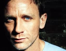 Daniel Craig-again, not my typical fare, but yummy just the same.