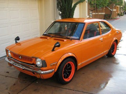 1973 Toyota Corolla Turbo Front - If I ever have to surrender to the idea of a corolla, it has to be this!