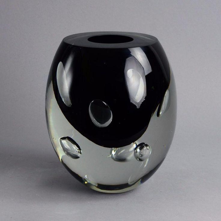"Glass ""Claritas"" vase by Timo Sarpaneva for Iittala A2179"