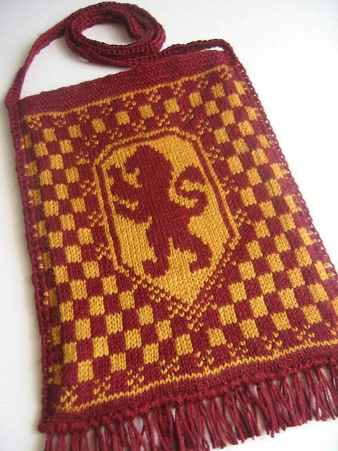 Harry Potter knit House Crest bags, featured:    Gryffindor Bag, final by Quietish, via Flickr