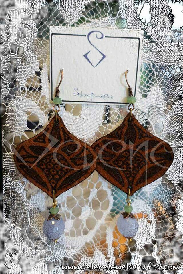"""L'uomoappartiene allaterra. La terranon appartiene all'uomo.""- #toroseduto -  #fourelements #earth #brown #gruond #alchimia #accessory #alchemy #instafashion #leather #pyrography #selenejewelscrafts #selene_jewels_crafts #native #nativequotes #handmade #madeinitaly #tuscany #ss16collection #instajewels #bijoux"