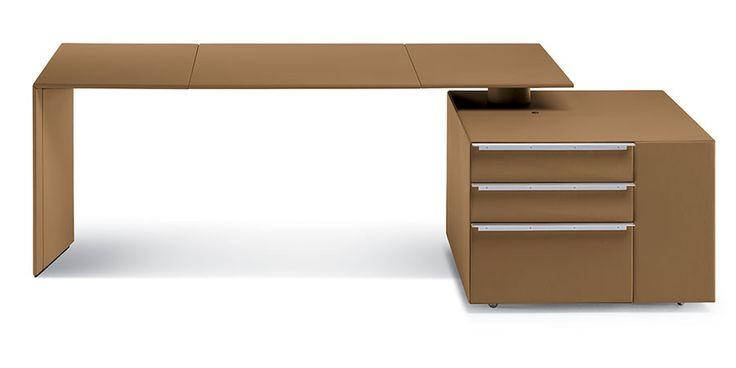 POLTRONA FRAU C.E.O. Cube Desk