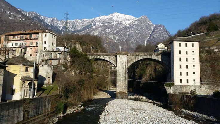 Le strutture portanti del paesaggio alpino: il ponte di Crevoladossola sul torrente Diveria  #experiaitalia #raiexpo #padiglioneitalia #politecnicodimilano #expo2015 #viaggio #italia