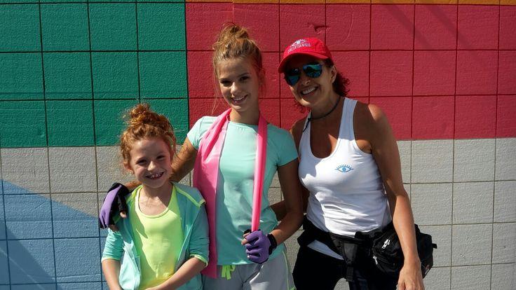 A full color con las niñas más hermosas...
