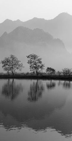 Hpa An in Myanmar • photo: Francois Dorey on The Smithsonian Magazine