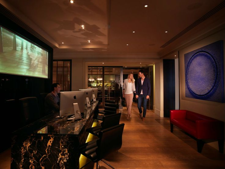 six out of ten magazine: Dog spas and Pet Menus: Luxury dog friendly hotels in UK - The Arch, London