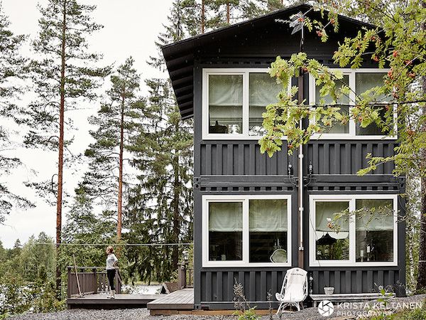 A dreamy Finnish lake-side cabin with a twist