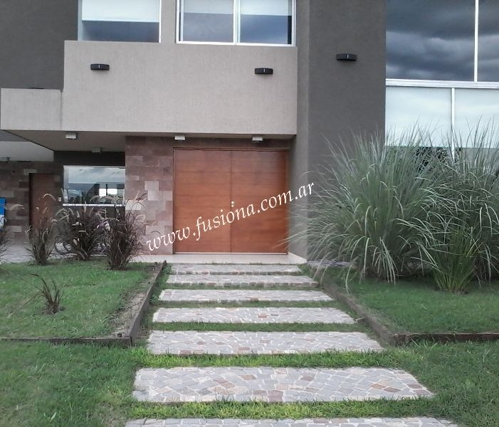 M122 puerta doble de madera fachada pinterest - Puertas de entrada modernas ...