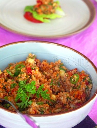 Kisir: Turkish Tabbouleh Recipe - RecipeChart.com - This is one of my favorite recipes, heakthy, quick & very yummy! <3