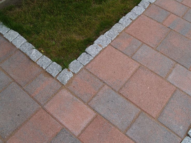 Roomalaiset kivet, hiekkapuhallettu pinta, HP lieska. www.rudus.fi/pihakivet