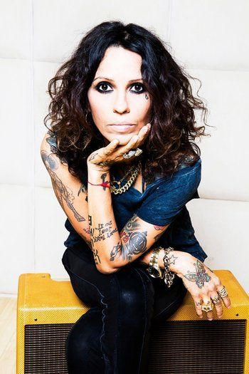 Linda Perry the musical genius behind the greatest songs ever written in the 90s & today
