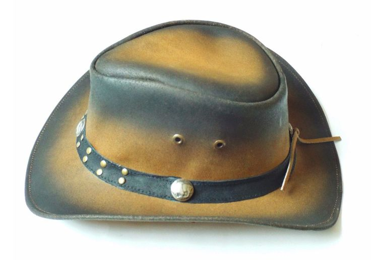 Brown/Faded hat in genuine buffalo/cowhide leather. The brim is about 8 cm, and the hill is about 10 cm.  Ready for production #Cowboyhats #leather #leatherjacket #leatherpants #leathers #leatherbag #leathercraft #leatherskirt #leathershop #leatherhead #leatherhat #leatherhats #leatherhatband #hat #hats #leatherusa #texas #texashat #texashats #leaderhosen #leaderhosens #oktoberfest #oktoberbaby #oktoberbebis #oktobertfest #oktobertfest #usa #uk #bavarian #leathersupply