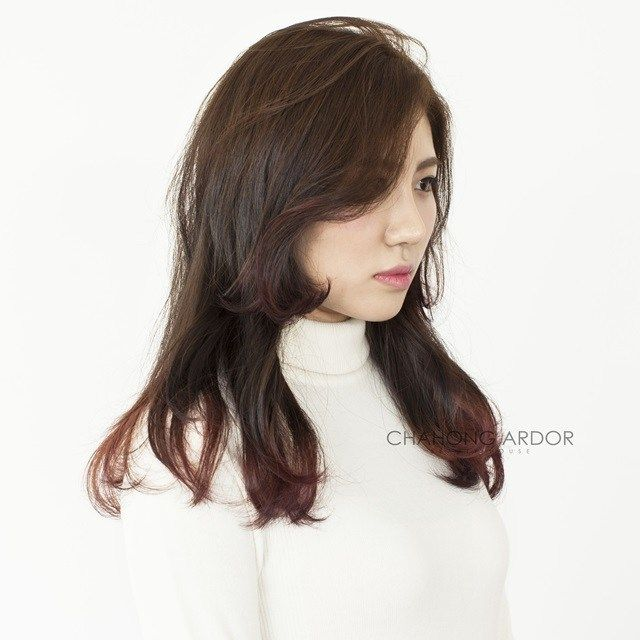 Women S Two Block Haircut For Long Hair Kpop Korean Hair And Style Two Block Haircut Asian Long Hair Long Hair Styles