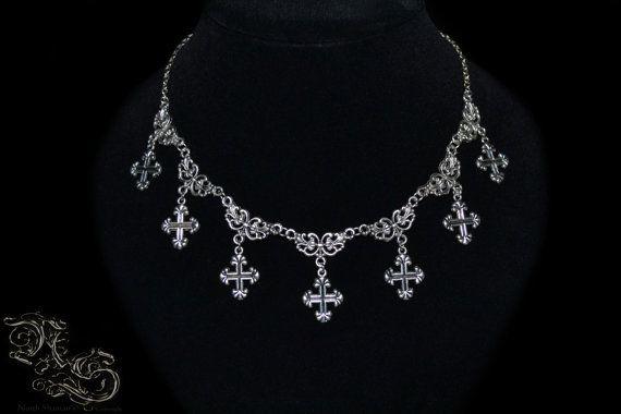 Halskette Borgia von NorthShaman auf Etsy