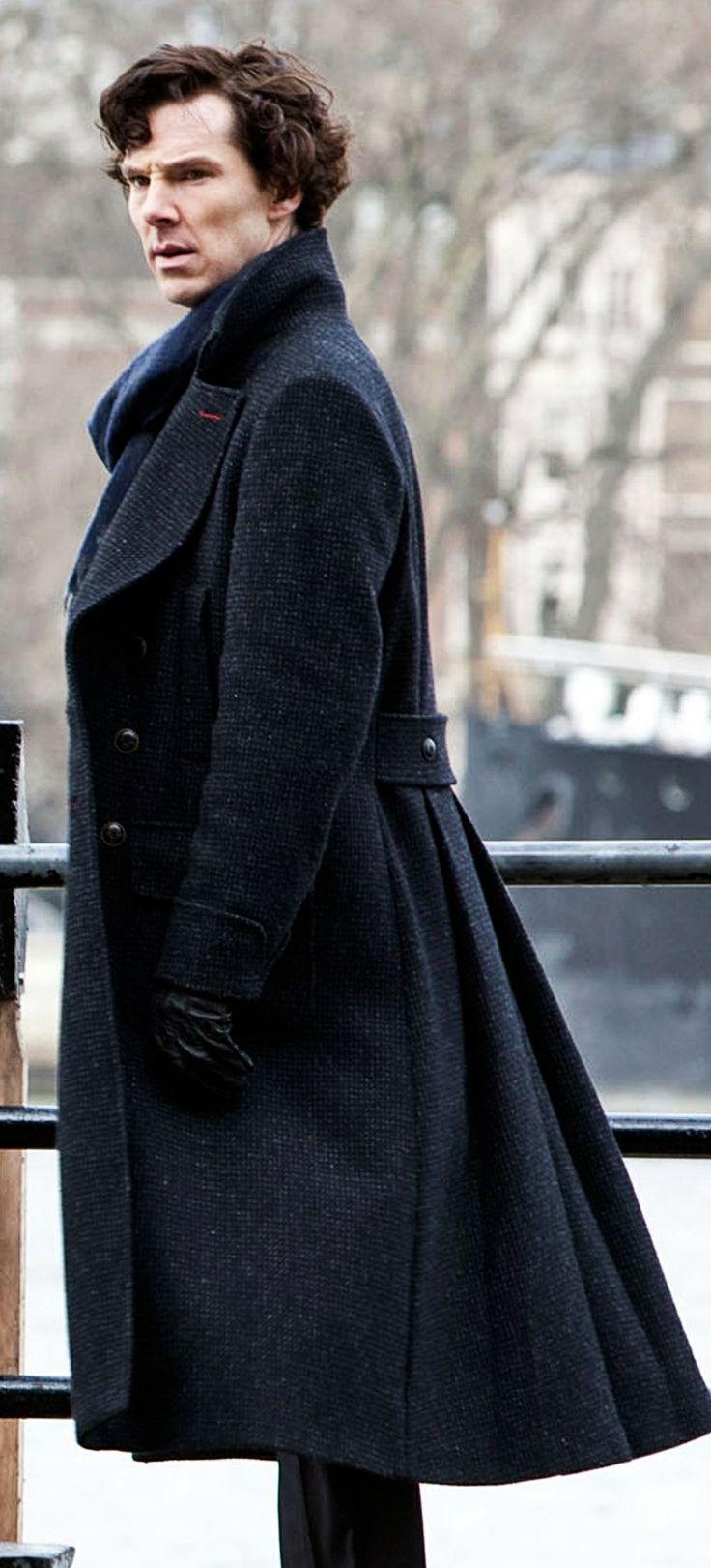 Sherlock's Coat http://cosplaysky.com/sherlock-holmes-cape-coat-cosplay-costume-wool-version.html