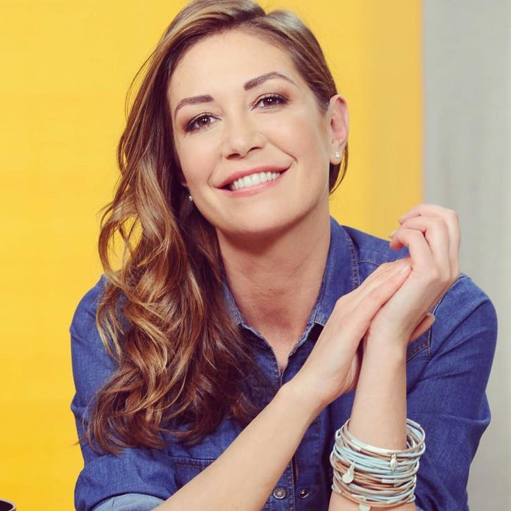 Tessa Gelisio indossa i gipsy bracelet di SENCE Copenhagen  #sencecopenhagen #AIBIJOUX #TessaGelisio #fashionjewelry