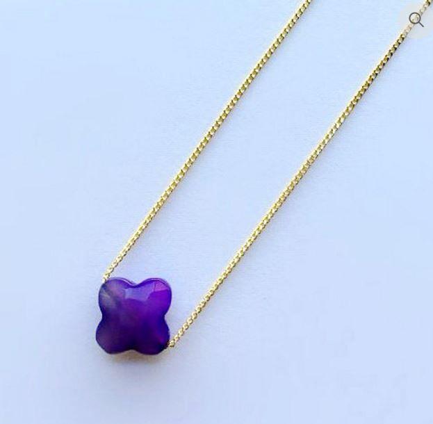 Collier trèfle violet pierre semi-précieuse