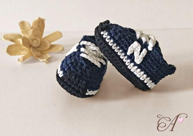 Zapatos bebe crochet, ganchillo tallas 8,5cm - 9,5cm - 10,5cm estilo New Balance