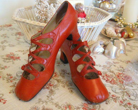 Vintage in pelle fatta in Grecia Magic Ballerina stile mattone rosso scarpe tacco taglia 6 Ladies 1910s