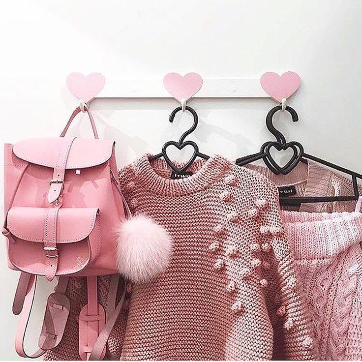 Pink Closet #grafea
