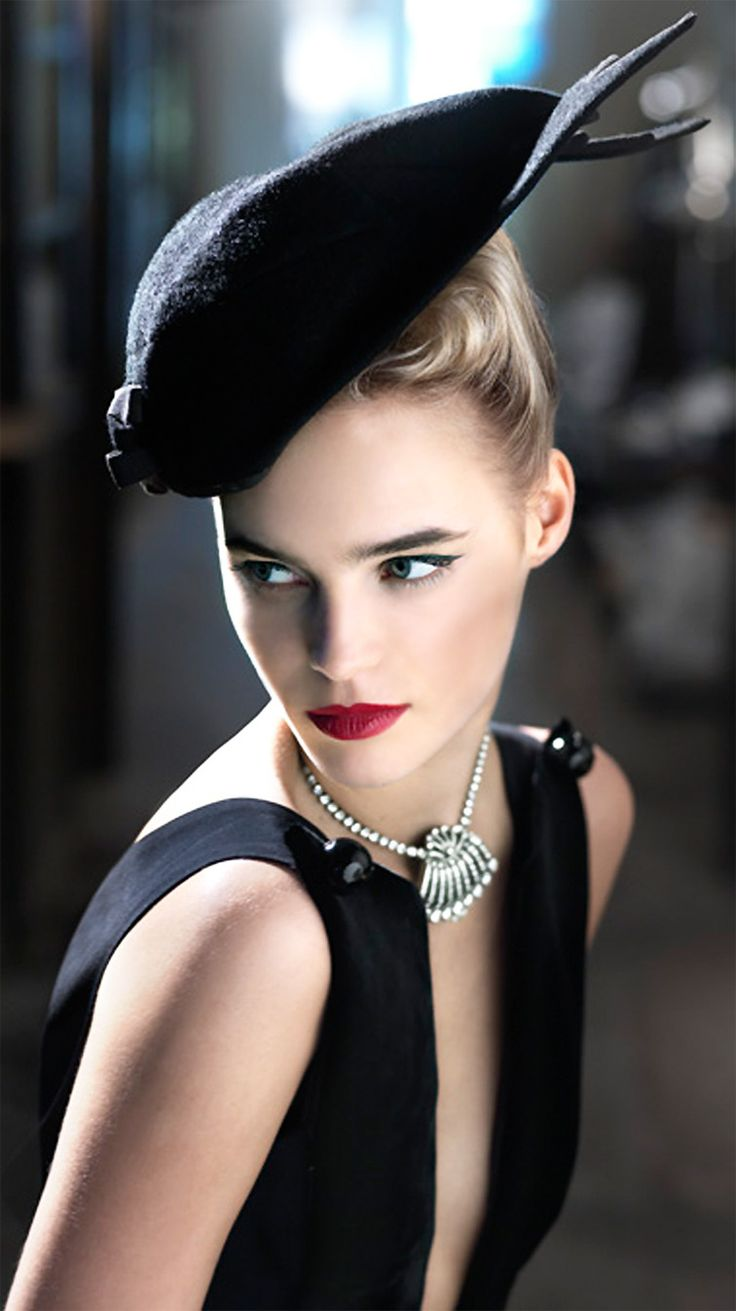 Image: Sophisticated Classy, Chic and Retro. More fashion and beauty inspiration over at www.breakfastwithaudrey.com.au