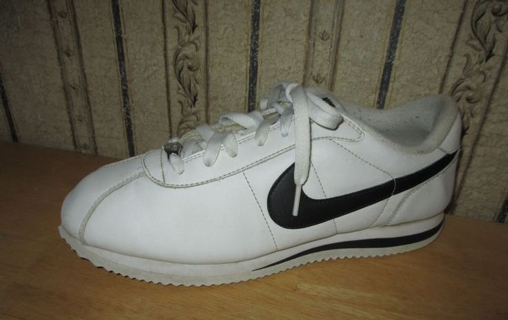 EUC men's white/black NIKE CORTEZ 72 athletic shoes - size 10 - GREAT SHOES!!