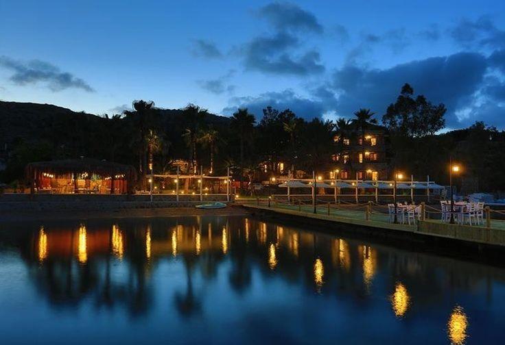 #BeyazGüvercinButikOtel'de ayışığı çok daha güzel! Moonlight is much more beautiful at #BeyazGüvercinButikOtel!  #moonlight #night #summer #Muğla #sea http://www.beyazguvercin.com/