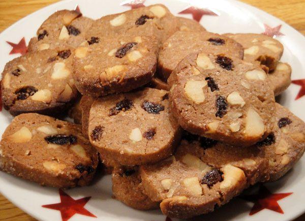 Macadamia-Nougat-Kekse. 'Lassen sich vor dem Zubereiten auch gut im Gefrierschrank aufheben