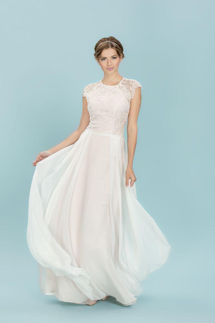 96 best Wedding Dresses & Shoes images on Pinterest | Wedding frocks ...