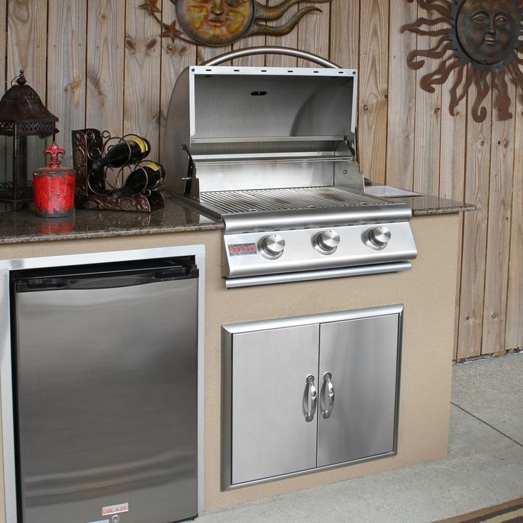 Blaze 25-Inch 3-Burner Built-In Natural Gas Grill - BLZ-3-NG Blaze Blaze 25-Inch 3-Burner Built-In Natural Gas Grill - BLZ-3-NG by Blaze Outdoor Products Item ID # 2856718 Model # BLZ-3-NG