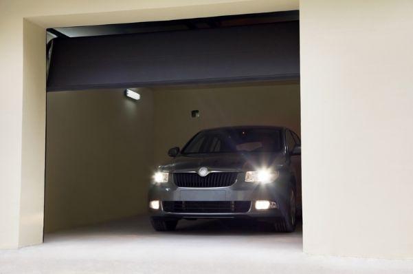 Aké typy automatických garážových brán ponúkame?