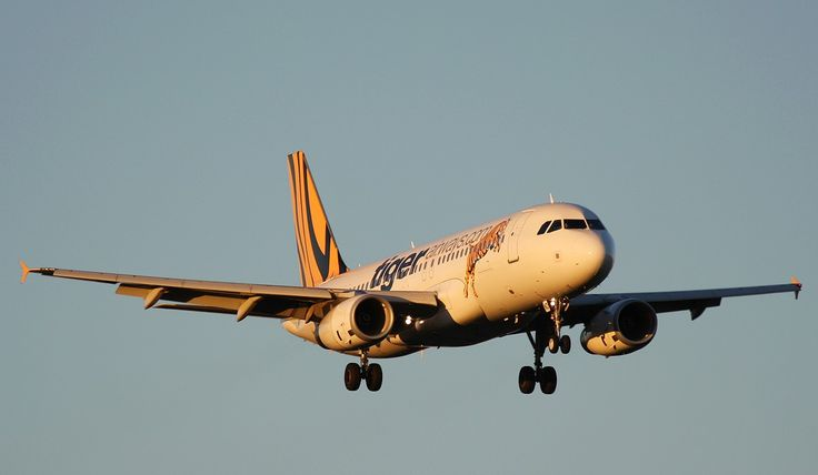 TIGER AIRWAYS Airbus A320-232 (VH-VND)