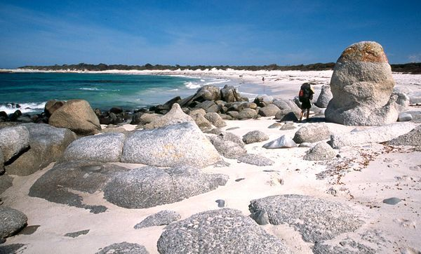 World's Best Hikes, Bay of Fires, Tasmania, Australia