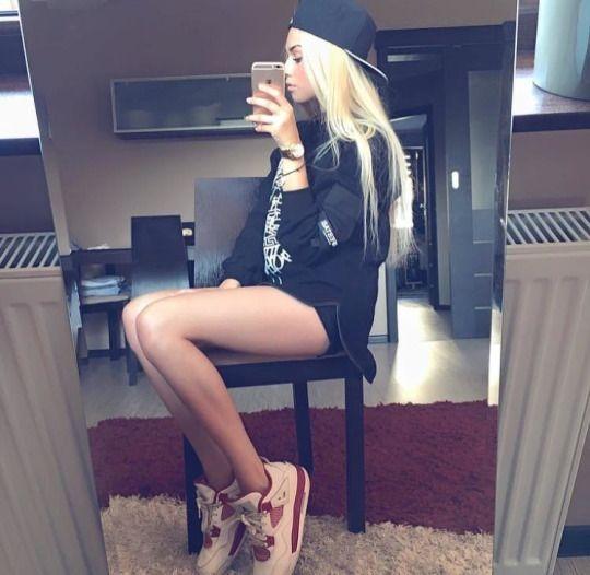 sneaker fetish girl